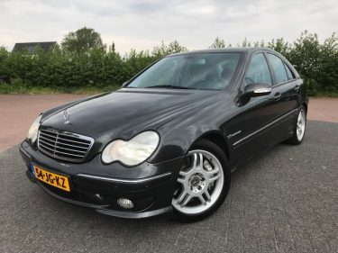 Mercedes Benz C32 AMG Yountimer DAANAUTO.NL