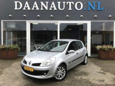 Renault Clio 1.2-16V Collection DAANAUTO.NL kopen airco heemskerk amsterdam