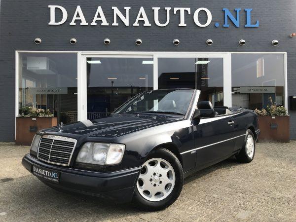 Mercedes-Benz E320 Cabriolet W124 Collectors Item Origineel NL te koop kopen Daanauto.nl Daanauto Amsterdam Heems
