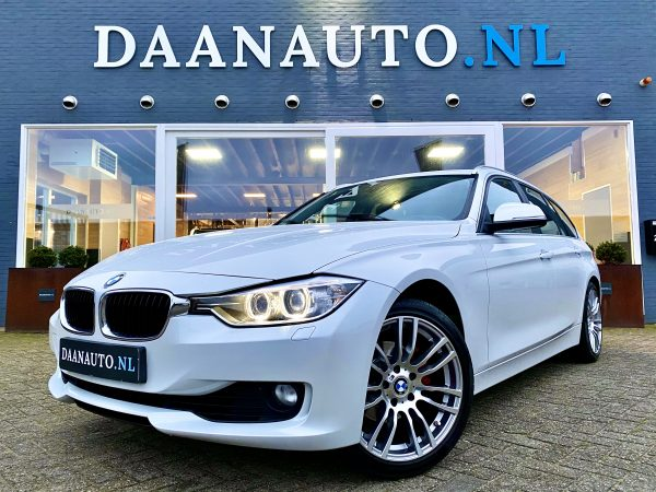 BMW 320i Touring Executive wit station stationwagon occasion te koop kopen 3 serie heemskerk Amsterdam